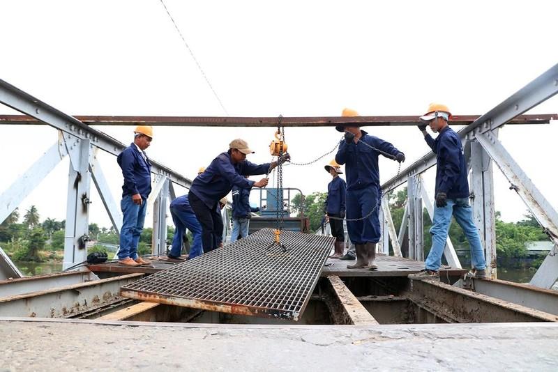Người dân tiếc nuối khi cây cầu hơn 100 năm tuổi bị tháo dỡ - ảnh 8