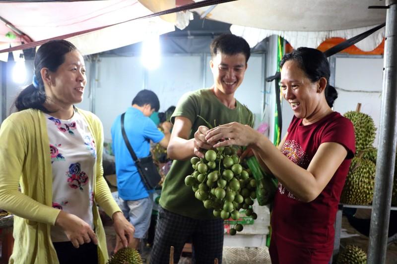 Về Lái Thiêu, Bình Dương ăn trái cây đầu mùa  - ảnh 6