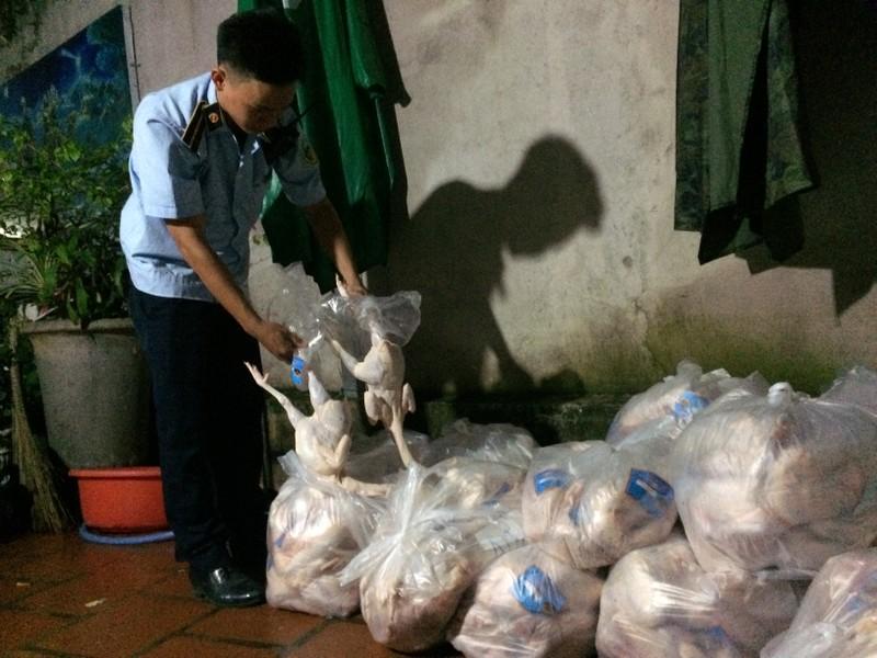 Bình Dương: Hơn 2 tạ thịt gà bẩn chuẩn bị tuồn ra thị trường - ảnh 1