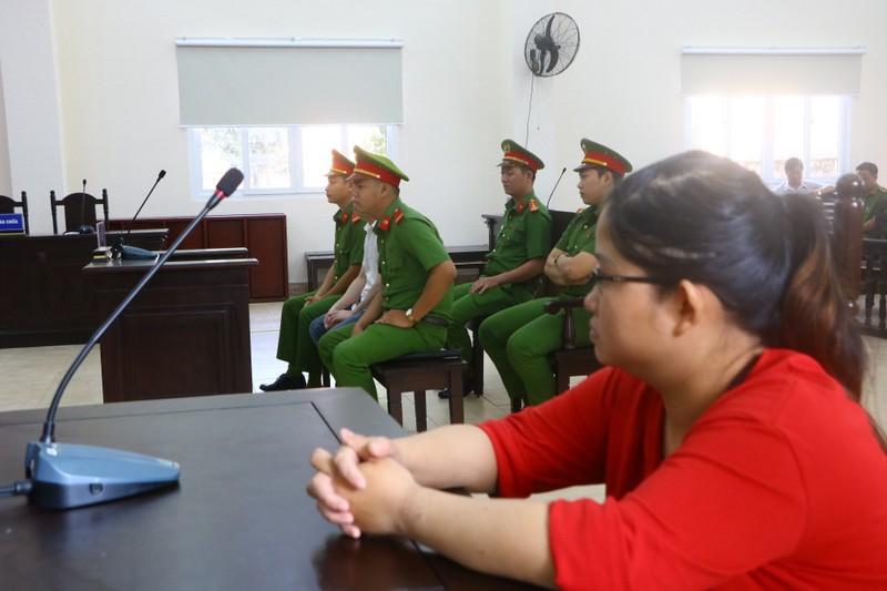 Bắt đầu xét xử hung thủ gây ra vụ thảm sát tại Bình Dương - ảnh 8