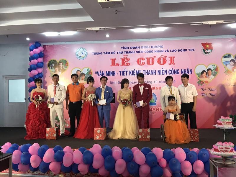 Người khuyết tật và công nhân được tổ chức đám cưới miễn phí - ảnh 5