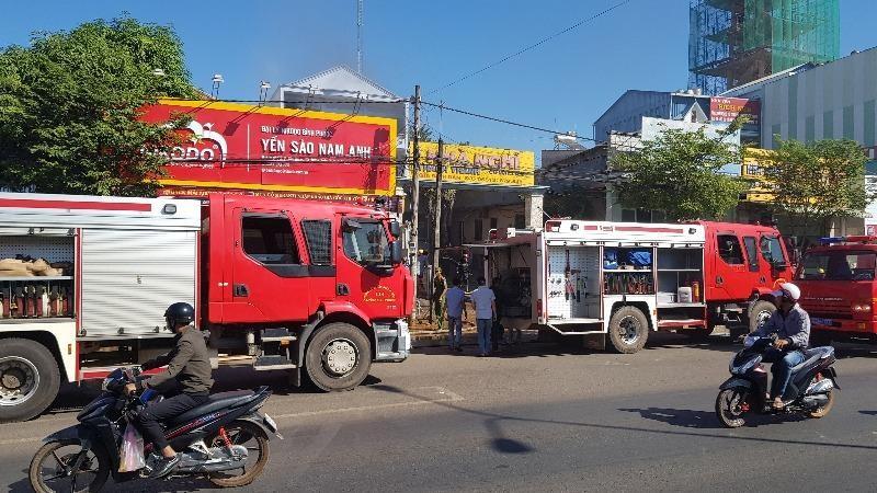 Nghi khách thuê phòng đốt nhà nghỉ ở Bình Phước - ảnh 1