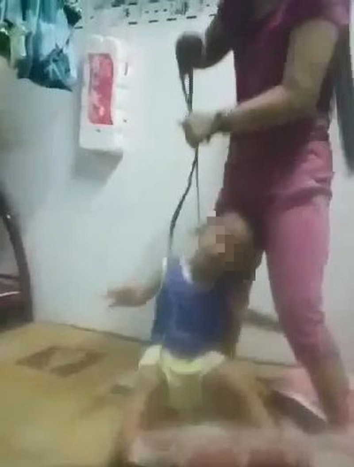 Công an vào cuộc vụ dùng dây thừng hành hạ bé trai tàn nhẫn - ảnh 1
