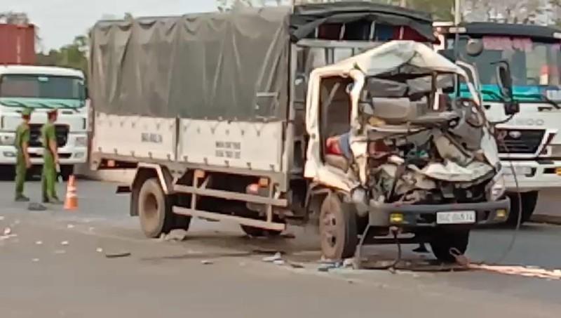 Ô tô tải tông xe máy cày làm 2 người chết, 1 bị thương - ảnh 1