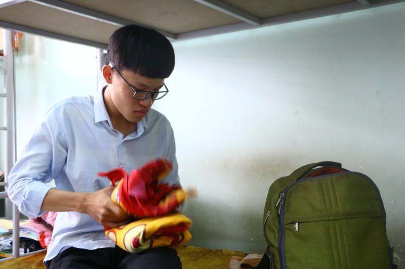 47 sinh viên trường y tình nguyện vào khu cách ly chống dịch - ảnh 2