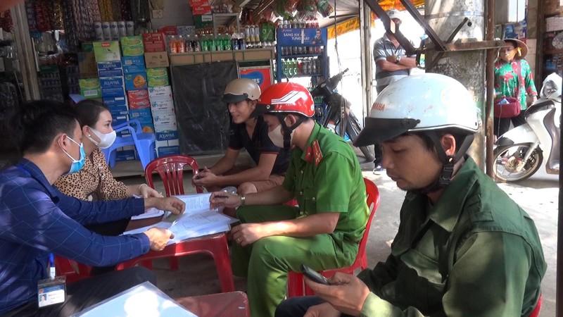 Bình Phước: 75 người bị phạt vì không đeo khẩu trang - ảnh 1