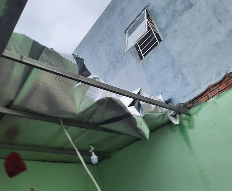 Bình Dương: Mưa đầu mùa khiến nhà sập, đường phố ngập  - ảnh 3