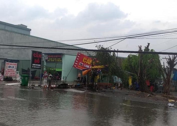 Bình Dương: Mưa đầu mùa khiến nhà sập, đường phố ngập  - ảnh 7