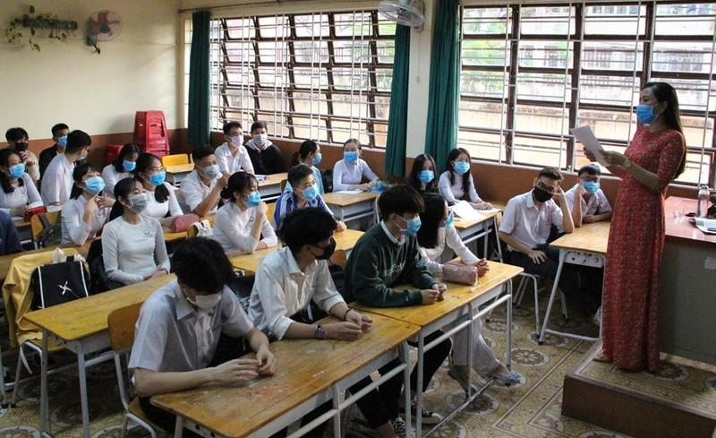 Bình Dương, Bình Phước: Học sinh đi học trở lại từ ngày 4-5 - ảnh 1