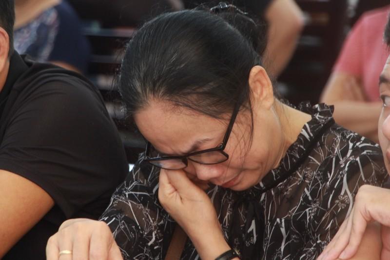 Vụ đổ bê tông giấu xác: Người nhà nạn nhân khóc tại phiên xử - ảnh 4