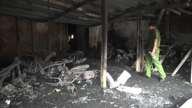 Vụ cháy chết 3 người: Nghi người tình giết 2 mẹ con rồi tự sát - ảnh 4