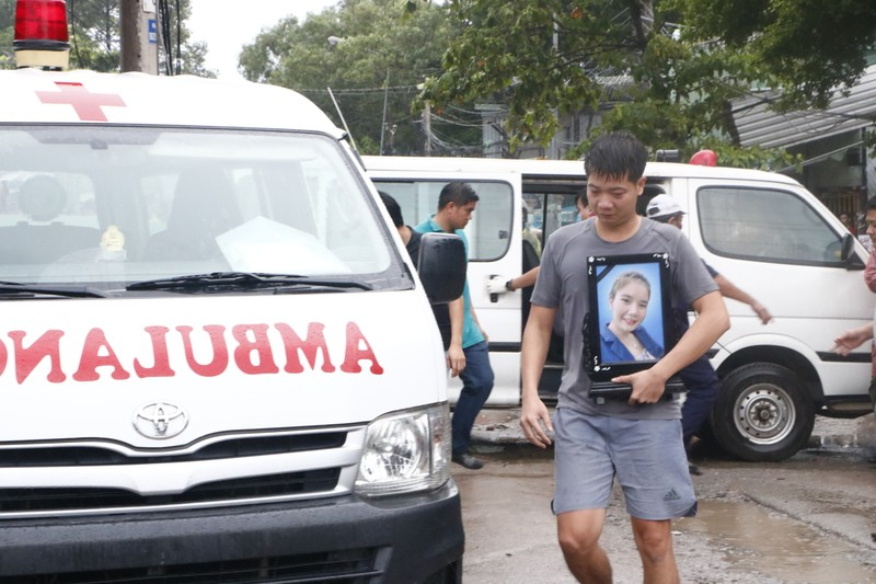 Vụ cháy 3 người chết: Người tình mua hoa cúc trước khi cháy - ảnh 2
