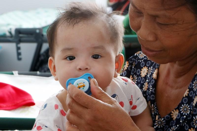 53 trẻ được cách ly ở Bình Dương khóc ngặt vì thiếu hơi mẹ - ảnh 6