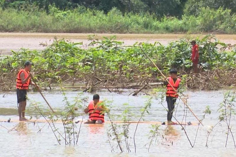 Bình Phước: Đi câu cá 2 người bị lũ cuốn tử vong - ảnh 1
