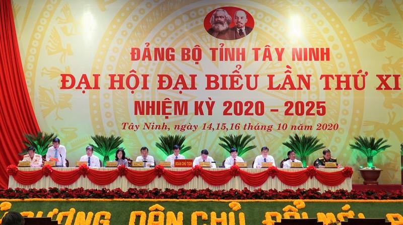 Đại hội Đảng bộ Tây Ninh đóng góp ủng hộ đồng bào miền Trung - ảnh 1