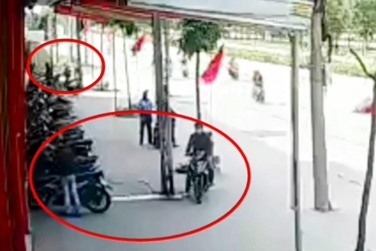 Bình Dương: Nhóm dàn cảnh cướp xe ở siêu thị - ảnh 4
