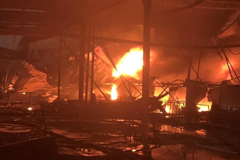 Liên tiếp 3 công ty tại Bình Dương bị cháy dữ dội - ảnh 2
