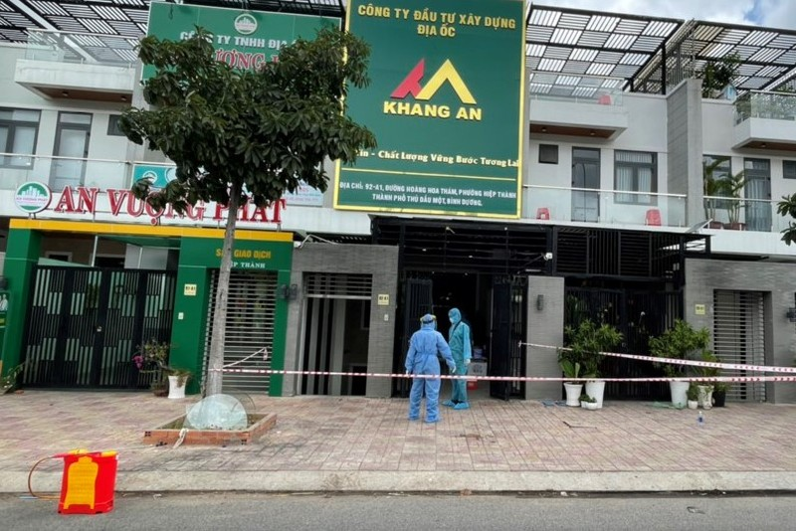 Công an Bình Dương thông tin vụ 2 người chết tại công ty bất động sản - ảnh 1