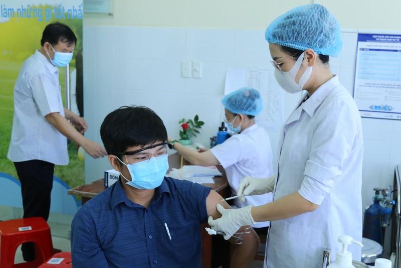 Bình Dương sẵn sàng tiêm cho 1 triệu dân khi có vaccine COVID-19 - ảnh 1