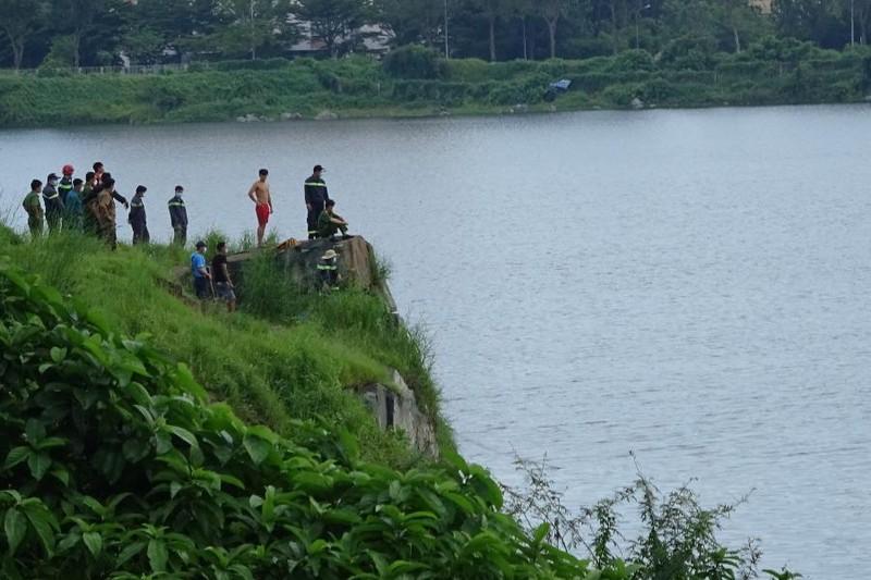1 thanh niên đuối nước khi bơi thi với bạn ở hồ Đá thuộc ĐH Quốc gia TP.HCM - ảnh 1