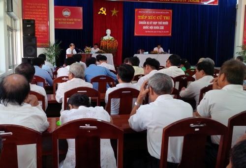 Đà Nẵng: Cử tri ngủ gục, chỉ hai người phát biểu - ảnh 1