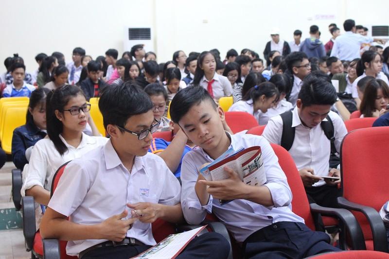 5.000 học sinh tìm kiếm nghề nghiệp trong tương lai - ảnh 1