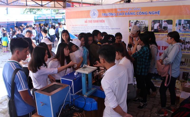 5.000 học sinh tìm kiếm nghề nghiệp trong tương lai - ảnh 5
