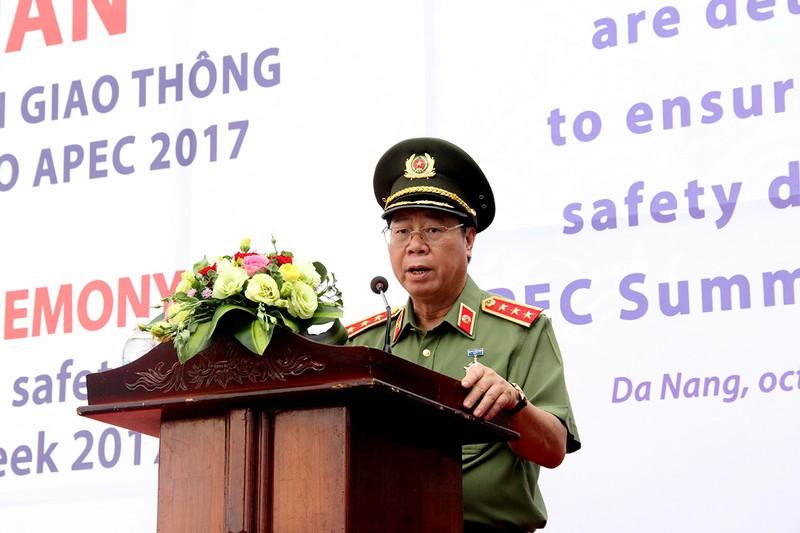 Ra quân 1.000 cán bộ chiến sĩ đảm bảo giao thông APEC - ảnh 3