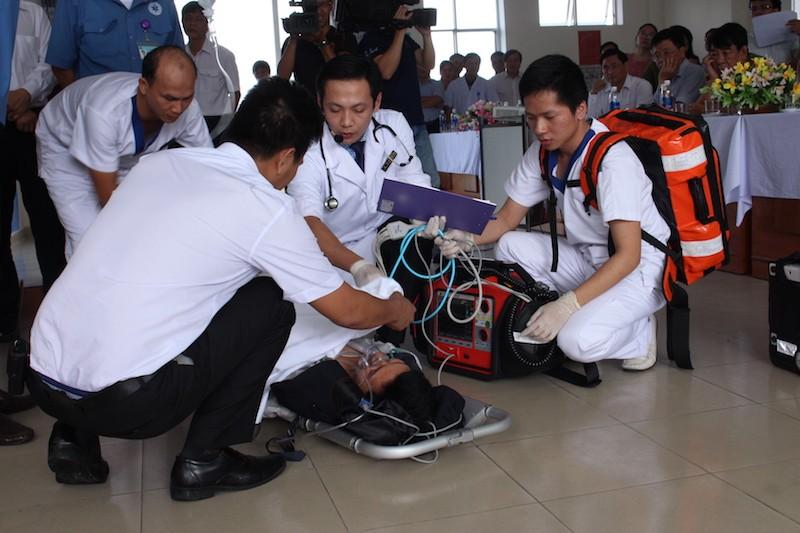 Diễn tập ứng phó với thảm họa phục vụ APEC - ảnh 10