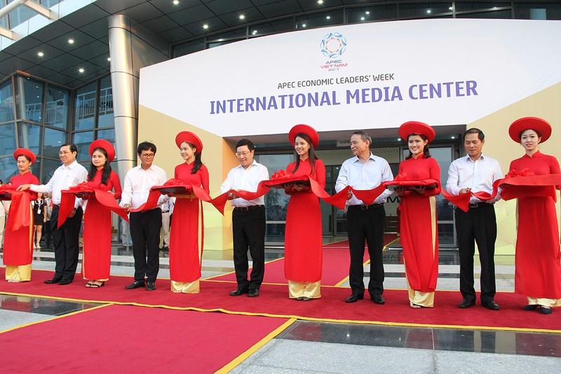 Khánh thành Trung tâm Báo chí quốc tế phục vụ APEC - ảnh 1