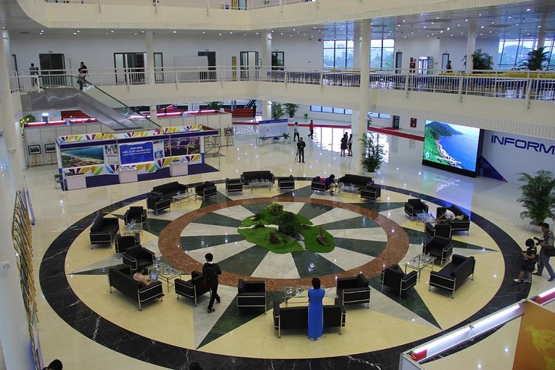 Khánh thành Trung tâm Báo chí quốc tế phục vụ APEC - ảnh 3