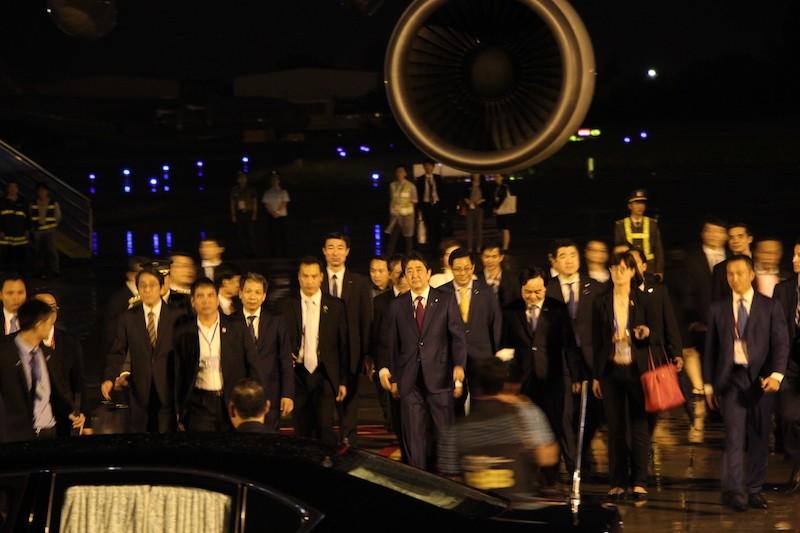 Thủ tướng Nhật Bản Shinzo Abe tới Đà Nẵng dự APEC 2017 - ảnh 3