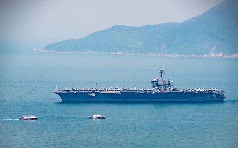 Ngày mai, tàu sân bay USS Carl Vinson tạm biệt Đà Nẵng - ảnh 4
