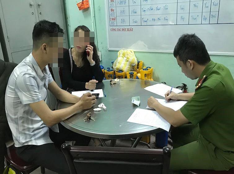 PV báo Giao Thông tố bị bảo vệ quán bar hành hung - ảnh 1