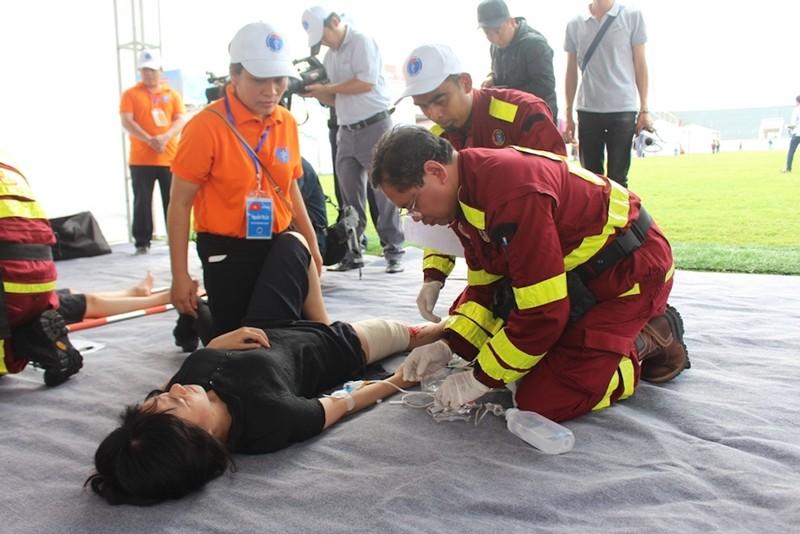 Siêu bão, 300 người chết và cuộc diễn tập ASEAN   - ảnh 2
