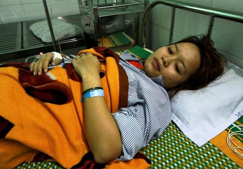1 cô giáo mầm non bị phụ huynh đánh thủng màng nhĩ, nhập viện - ảnh 1