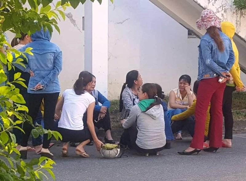Chủ công ty người Hàn Quốc vắng mặt, công nhân điêu đứng - ảnh 1