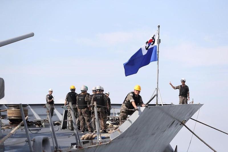 Khu trục hạm Hàn Quốc mang tên lửa hành trình tới Đà Nẵng - ảnh 1