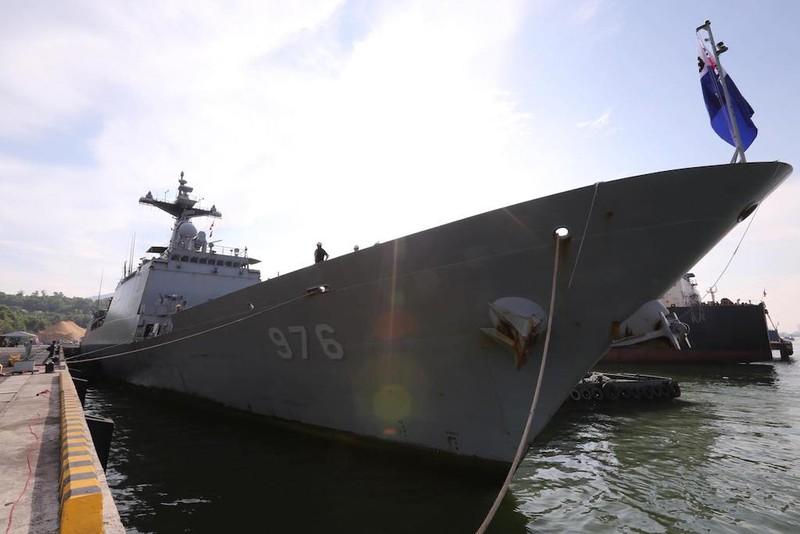 Khu trục hạm Hàn Quốc mang tên lửa hành trình tới Đà Nẵng - ảnh 3