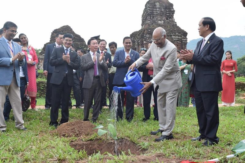 Tổng thống Ấn Độ thăm di sản Mỹ Sơn - ảnh 2