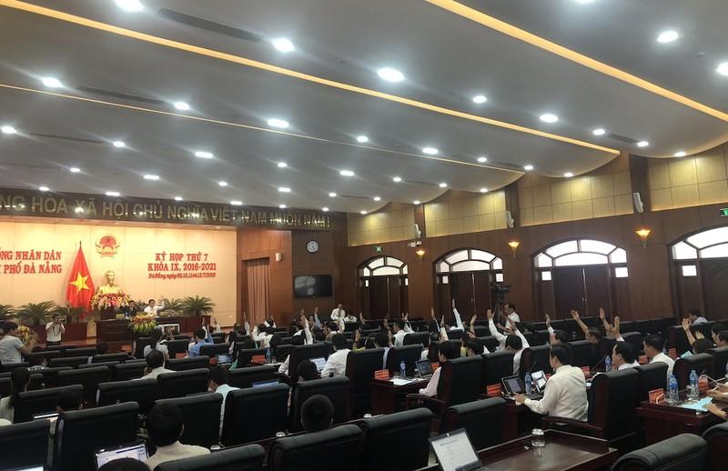 Hoãn kỳ họp HĐND Đà Nẵng vì mưa lũ - ảnh 1