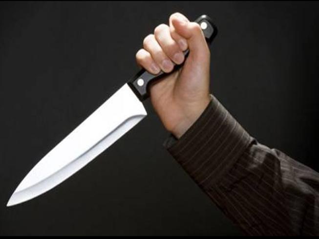 Bị đâm chết tại trạm y tế khi chữa vết cắn của đối thủ - ảnh 1