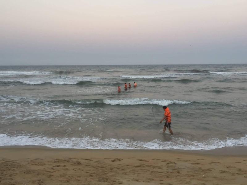 Tìm được thêm 1 thi thể vụ học sinh đuối nước ở Quảng Nam - ảnh 1