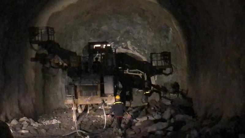 Sắp hoàn thành việc mở rộng hầm Hải Vân 2 - ảnh 1