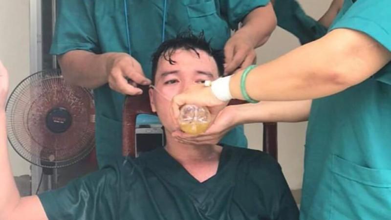 Nhói lòng khi bác sĩ, nhân viên y tế ở Đà Nẵng kiệt sức - ảnh 2