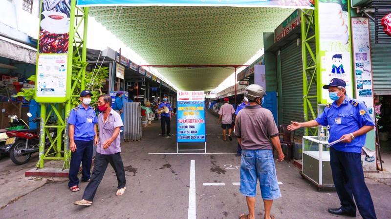 Từ hôm nay, người dân Đà Nẵng đi chợ bằng Thẻ - ảnh 7