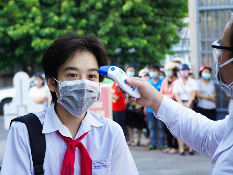 Đà Nẵng: Học sinh hào hứng trong ngày đầu tiên trở lại trường - ảnh 3