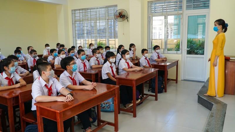 Đà Nẵng: Học sinh hào hứng trong ngày đầu tiên trở lại trường - ảnh 5