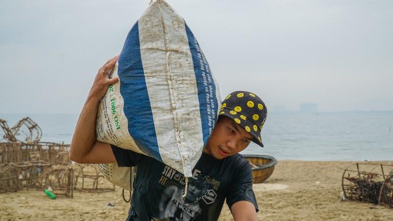 Đà Nẵng khẩn trương chống bão số 5 đang đến - ảnh 7