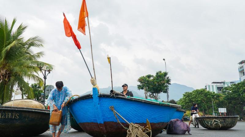 Đà Nẵng khẩn trương chống bão số 5 đang đến - ảnh 9